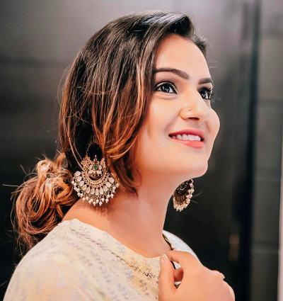 Devina Malhotra Blogger